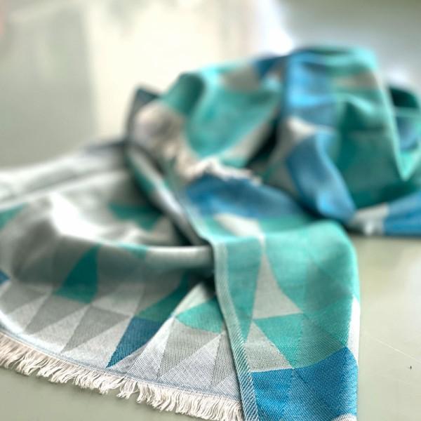Sofadecke blue triangle