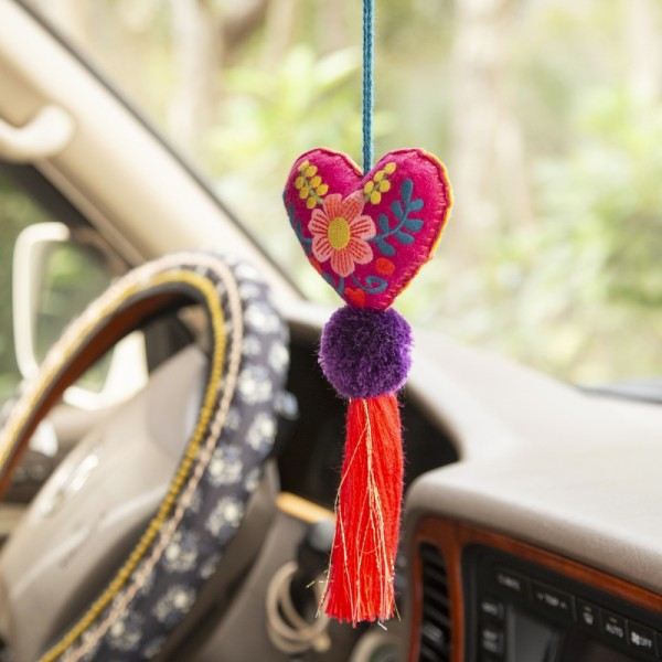 Tassel Anhänger Heart Flower