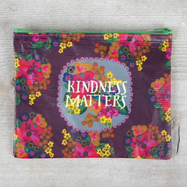 Recycled Zip Täschchen  Kindness matters