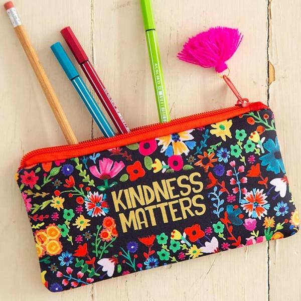 Federtasche Kindness Matters